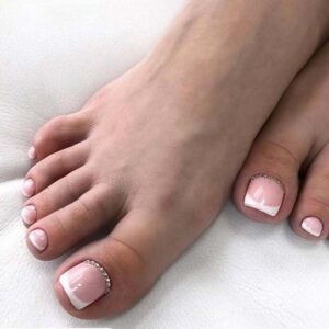 Soft Pink Nails with Rhinestone